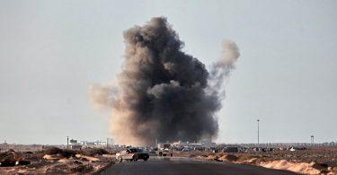 Bombardeos en Libia