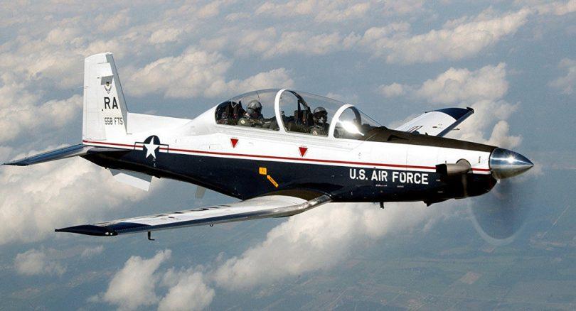 aeronave estadounidense T6-C Texan II